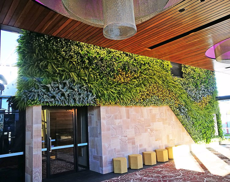 Green-Wall flows seamlessly from outdoors into club foyer