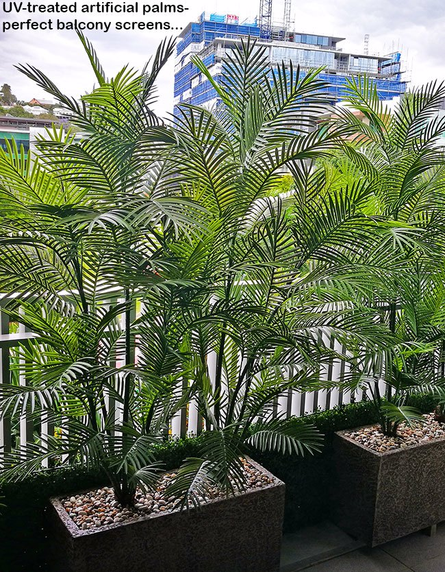 Green balcony privacy screen with UV-treated palms